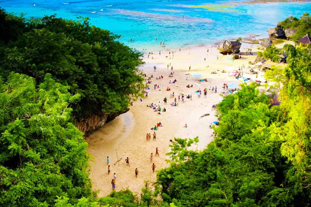 Padang Padang Beach - Лучшие пляжи Бали