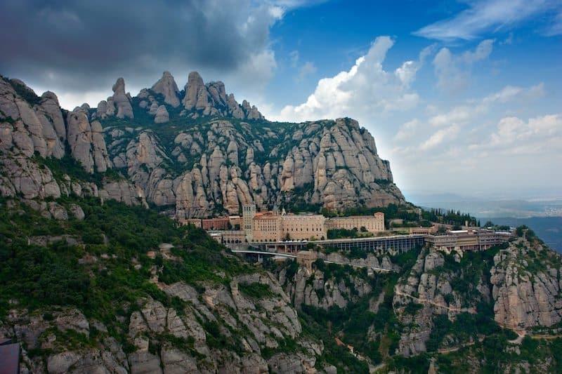 Монастырь Монтсеррат - Montserrat - Главная достопримечательность рядом с Барселоной