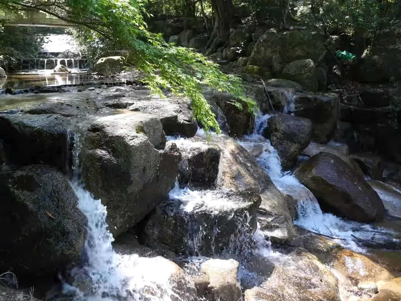 Остров Миядзима - водопад вдоль пешей тропы на гору Мисен