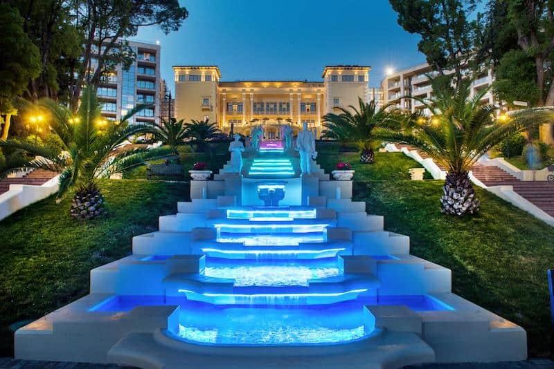 Swissotel Resort Сочи Камелия - jодин из лучших отелей Сочи прямо на пляже