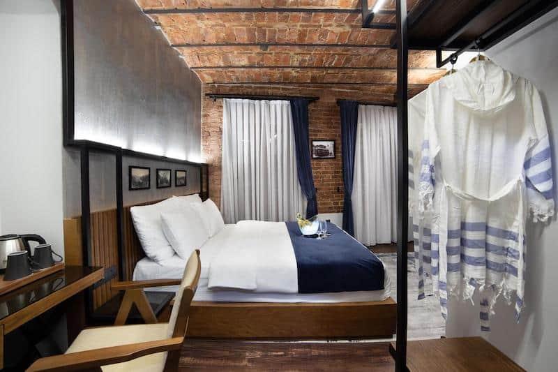 Лучшие бутик-отели Стамбула. Hotel DeCamondo Galata